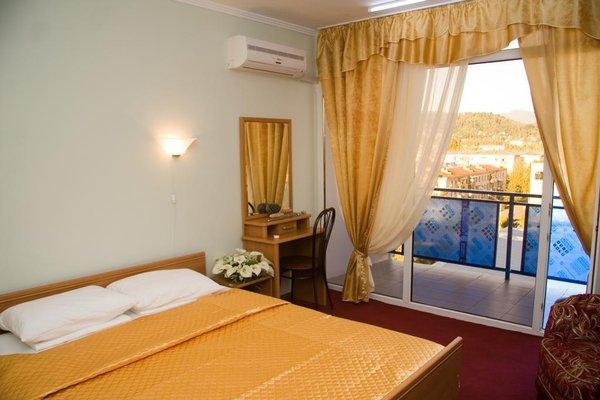 Отель Интер Сухум - фото 1