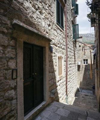 Old Town Princess Apartments - фото 46