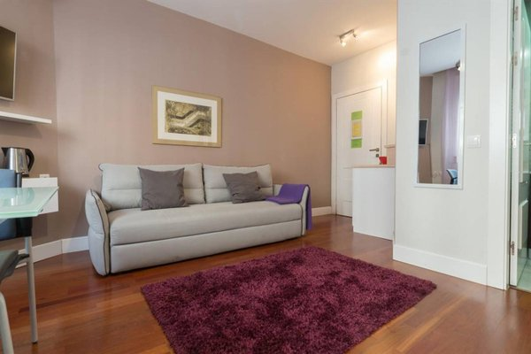 Gran Via Exclusive Apartments - фото 11