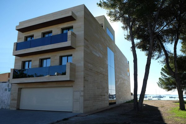 Beachfront Es Turo - фото 1