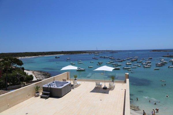 Beachfront Es Turo - фото 8