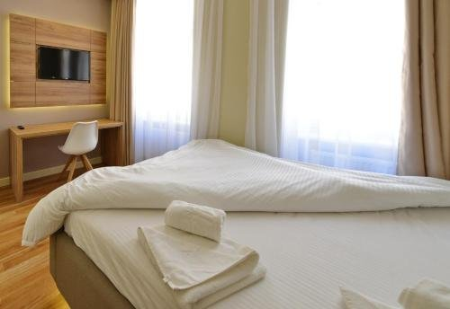 Aurellia Apartments - фото 2