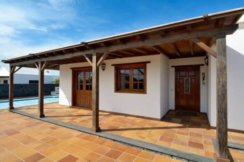 Holiday Villa Ajei - фото 14