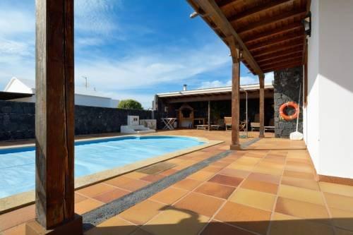 Holiday Villa Ajei - фото 15