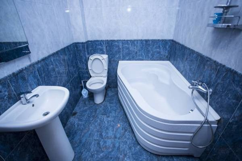 Demetre Apartment - фото 10