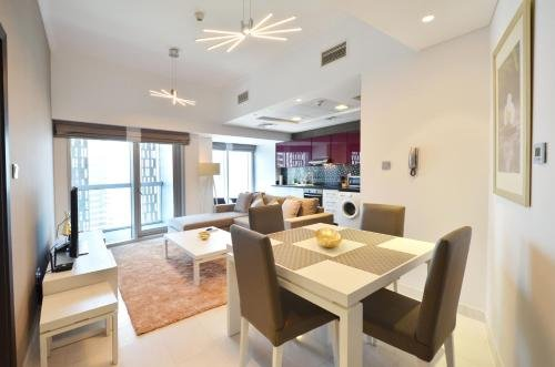 Key One Homes - Cayan Tower - фото 6
