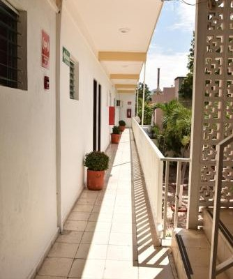 Hotel Las Brisas - фото 11