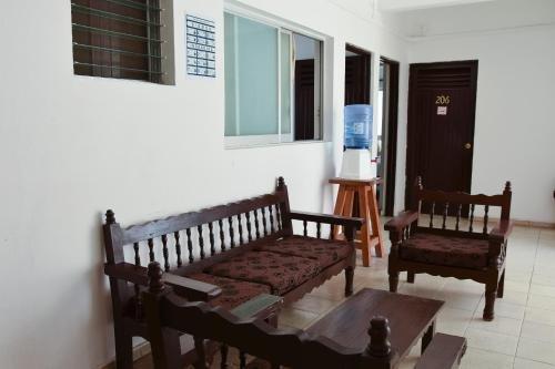 Hotel Las Brisas - фото 6