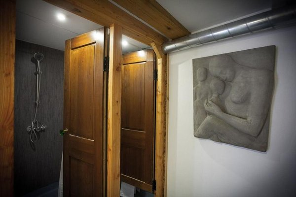 Bedwood Hostel - фото 11