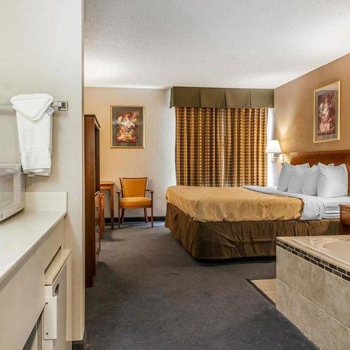 Photo of Quality Inn Hotel Lewisport