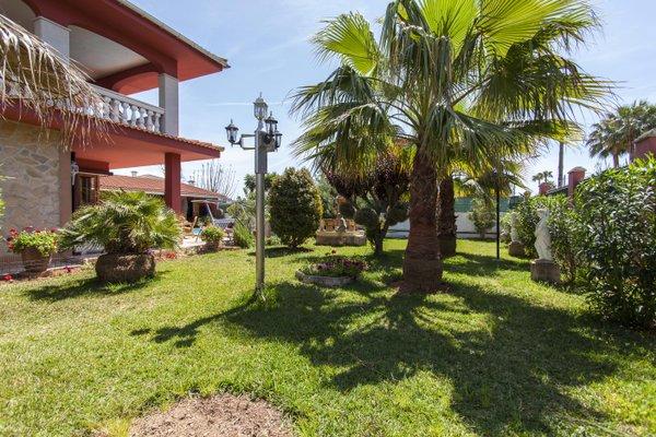 Villa Luxury Garden - фото 19
