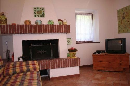 One-Bedroom Holiday home in Tiarno di Sotto I - фото 7