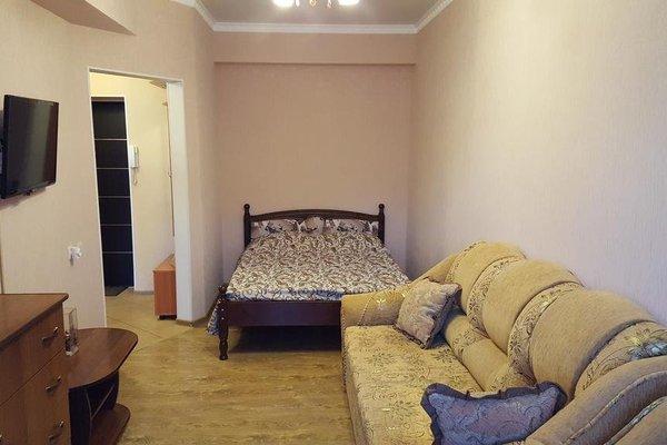 Apartment On Tolstogo - фото 13