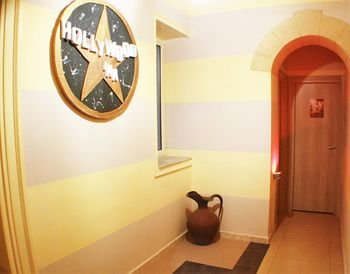 Times Luxury Rooms - фото 12