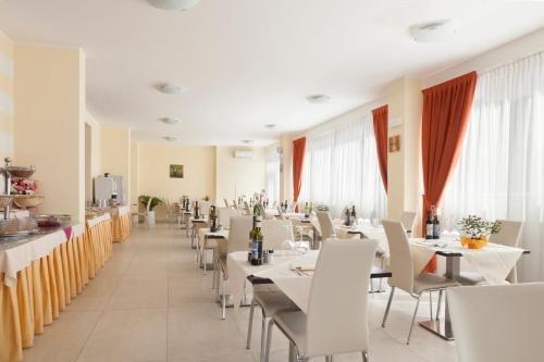 Hotel Bella Lazise - фото 10