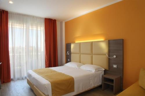 Hotel Bella Lazise - фото 2
