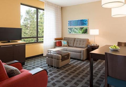 Photo of TownePlace Suites by Marriott Lincoln North