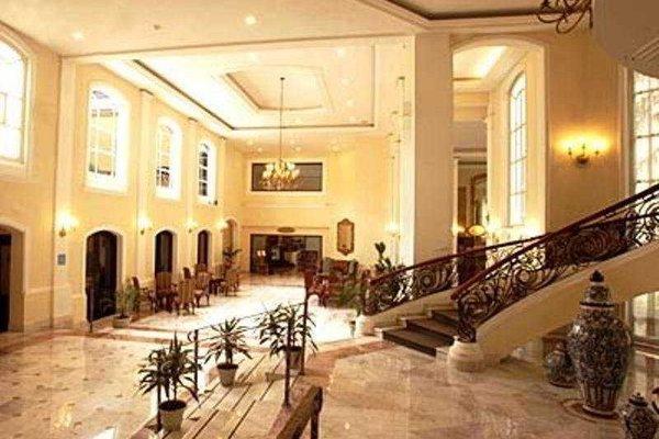 Plaza Camelinas Hotel - фото 13
