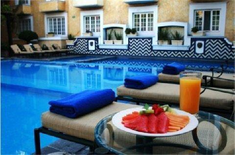 Plaza Camelinas Hotel - фото 20