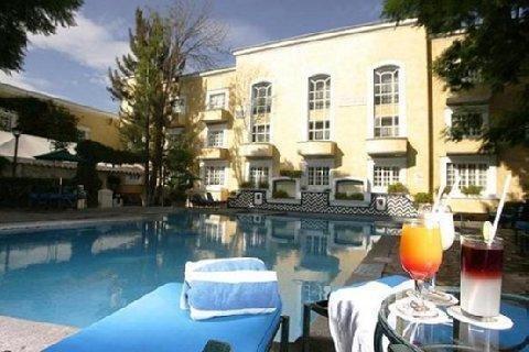 Plaza Camelinas Hotel - фото 22