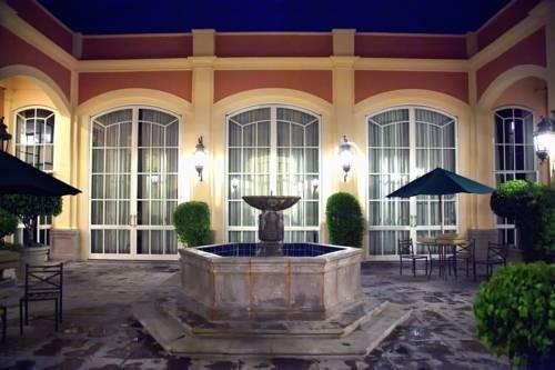 Plaza Camelinas Hotel - фото 23