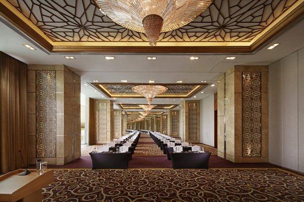 The Meydan Hotel - фото 6