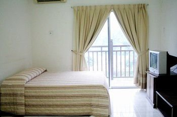 Suria Service Apartment Bukit Merah, Букит Мера