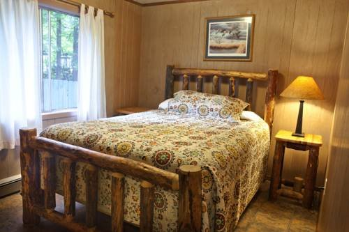 Photo of Lone Fir Resort