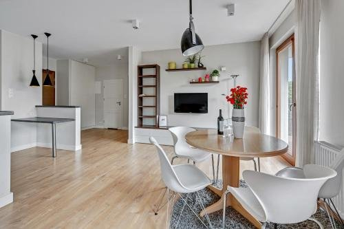 Luxury Bianco Apartament - фото 12