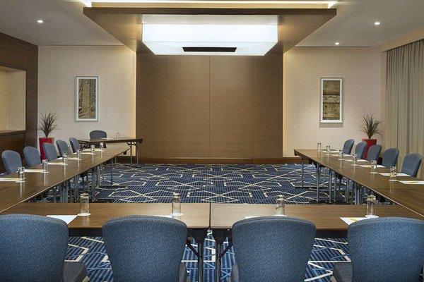 Hilton Garden Inn Dubai Al Mina - фото 16