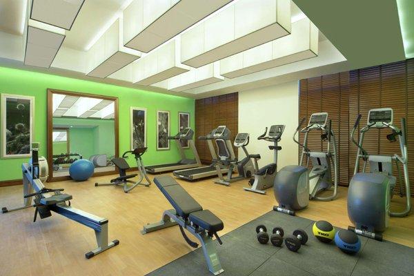 Hilton Garden Inn Dubai Al Muraqabat - фото 21