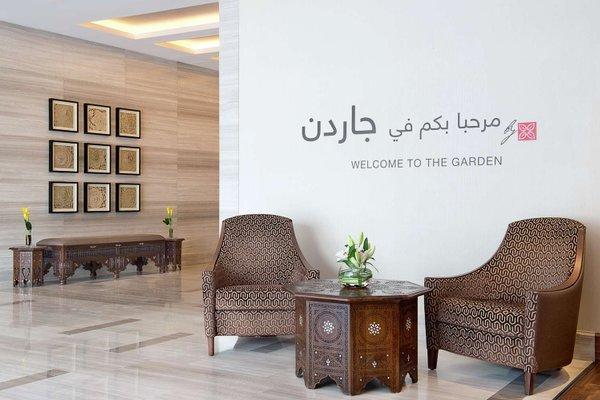 Hilton Garden Inn Dubai Al Muraqabat - фото 5