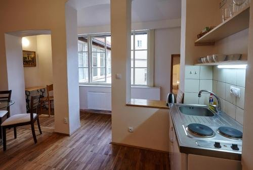 Queen Bee apartments - фото 11