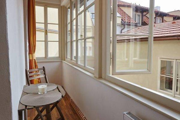 Queen Bee apartments - фото 19