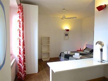 Temporary House - Milan Loft Via Mecenate - фото 1