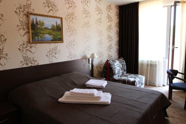 Отель Хоста - фото 1