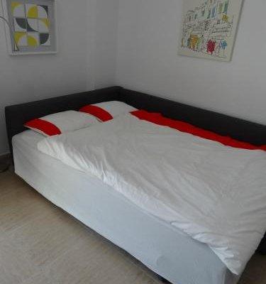 Malaga Apartamentos - фото 2