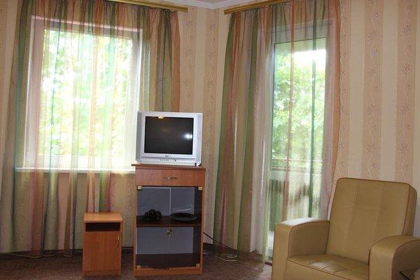 Hotel Our Yard - фото 6