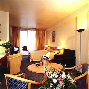 Hotel Keyserlei - фото 6