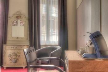 Hotel Antigone - фото 1