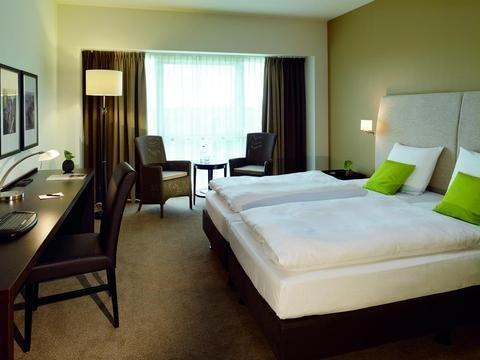 Lindner Hotel & City Lounge Antwerpen - фото 1