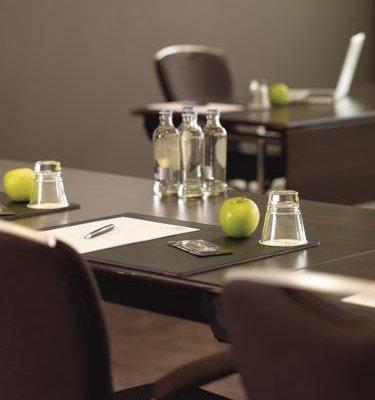 Lindner Hotel & City Lounge Antwerpen - фото 11