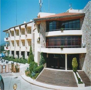 Гостиница «CHATEAU LINZA», Тирана