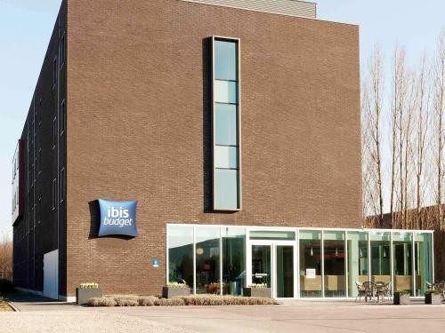 ibis budget Antwerpen Port - фото 20
