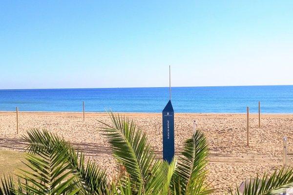 Tiana Seaview & Beach - фото 19