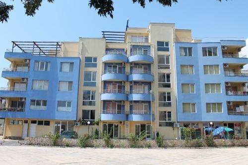 Aqua Blue Apartments - фото 1