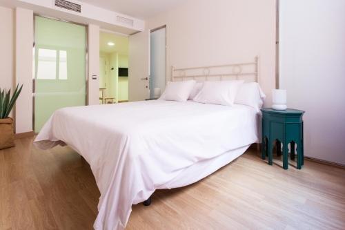 Apartamentos Albareda 24 - фото 1