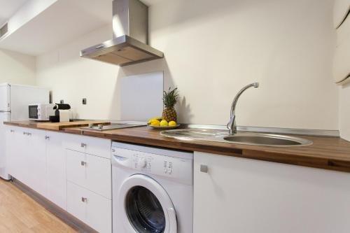 Apartamentos Albareda 24 - фото 12