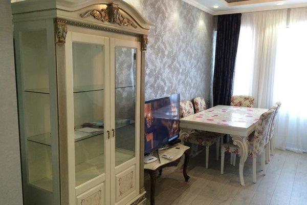 Beso apartment on Abashidze - фото 4