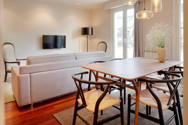 Garibay Terrace Apartment by FeelFree Rentals - фото 6